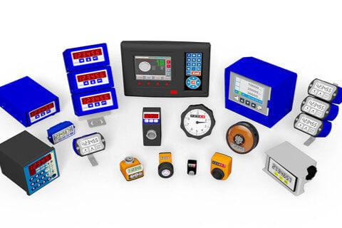 Ein- und dreiachsige Digitalanzeigen für Weg- und Winkelsensoren